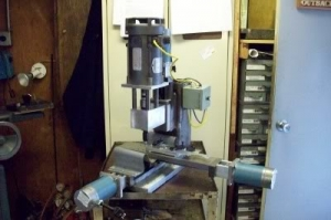 Homemade CNC Mill - HomemadeTools.net