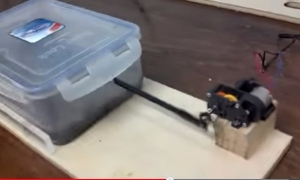Motorized Chain Cleaner