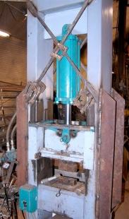 homemade-forging-press Homemade Machine Tool Plans on homemade lathe plans, homemade hydraulic press plans, homemade press brake plans, homemade concrete mixer plans,