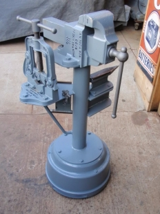 Anvil and Vise Stand