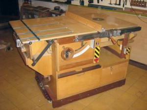 Fantastic Homemade Table Saw From Plans Homemadetools Net Interior Design Ideas Inesswwsoteloinfo