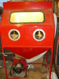 Homemade Sandblasting Gun and Cabinet - HomemadeTools net