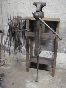Vise and Tong Stand