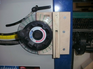 Table Saw Height Gauge and Lock