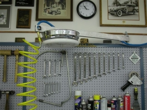 Astounding Homemade Overhead Workbench Light Homemadetools Net Machost Co Dining Chair Design Ideas Machostcouk