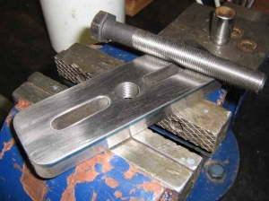 Threaded Puller