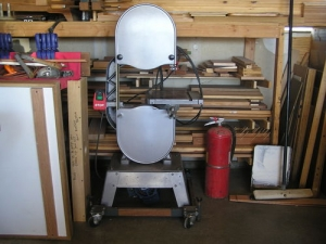 Wheelchair-Height Bandsaw