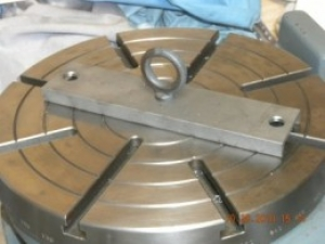 Rotary Table Lifting Fixture