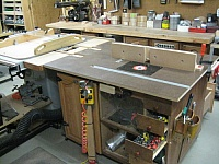 Router Table and Outfeed