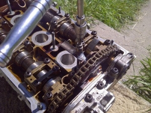 Homemade camshaft chain tensioner tool homemadetools camshaft chain tensioner tool fandeluxe Choice Image