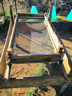 how to build a sifter box