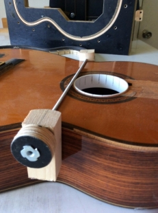Guitar Waist Clamp