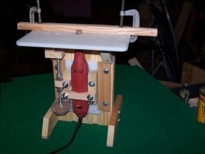 Homemade Dremel Router Table - HomemadeTools net