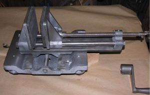 Homemade Lapidary Saw Vise - HomemadeTools net
