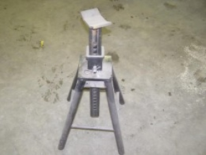 Hitch Receiver Jack Stand