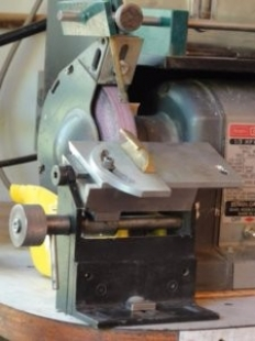 Enjoyable Homemade Bench Grinder Tool Rest Homemadetools Net Caraccident5 Cool Chair Designs And Ideas Caraccident5Info