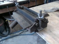 Bench-Mountable Bending Brake