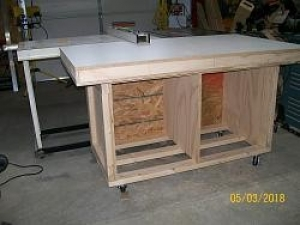 Outfeed and Assembly Table