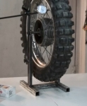 Truing and Balancing Stand