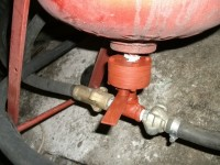 Grit Valve for a Pressure Pot