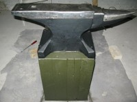 Floor-Mounted Anvil Stand