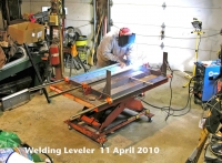 Adjustable-Height Welding Table
