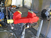 Heavy-Duty Vise