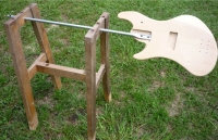 Freehand Guitar Holder