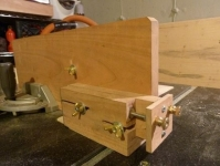 Adjustable Box Joint Jig