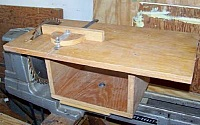 Bench Saw Table for a Wood Lathe