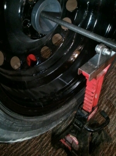 Homemade Tire Balancer - HomemadeTools.net